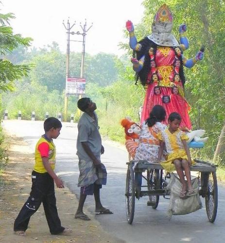 17 Cycle riksha te Kali Jachche