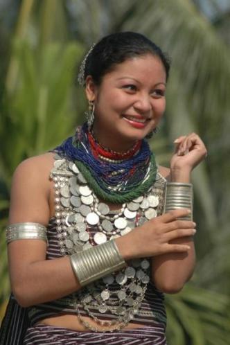 32i Tripura girl