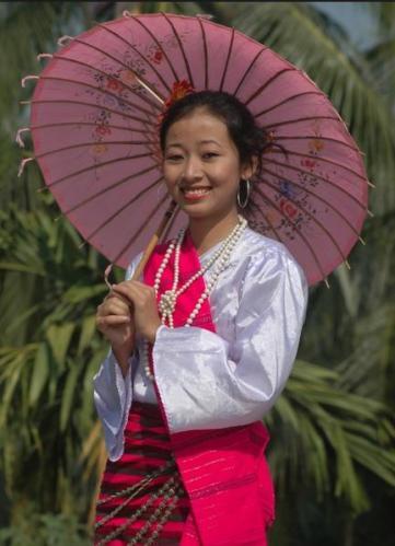 32h Tripura girl