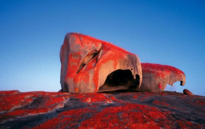 Stones of Kangaroo island are bleeding