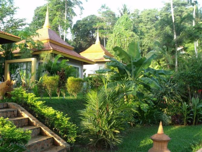 za-Noble Crown Resort & Spa