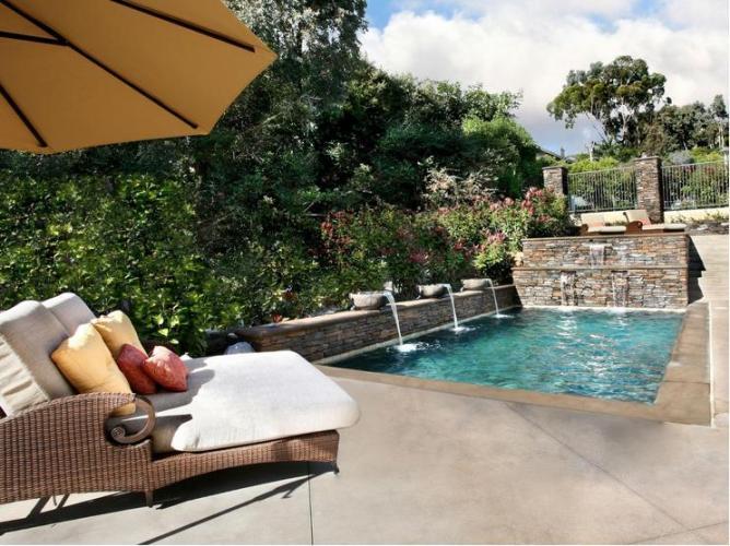 50 Swimming Pool Green