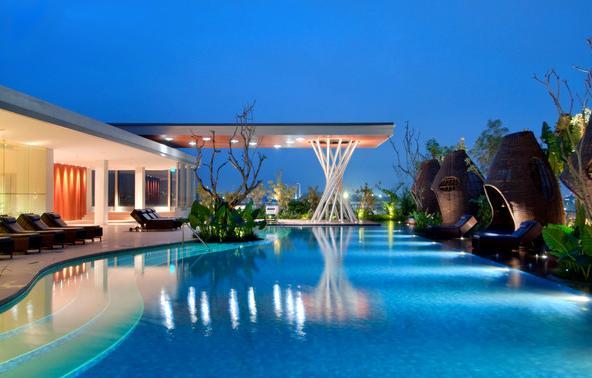 63 Swimming Pool blue