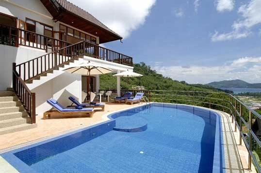 67 Swimming Pool blue
