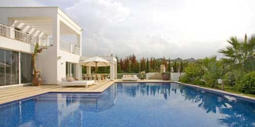 79 Swimming Pool blue