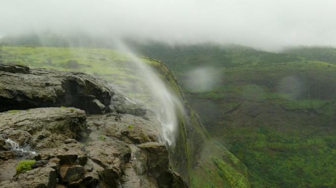 82 Reverse waterfall