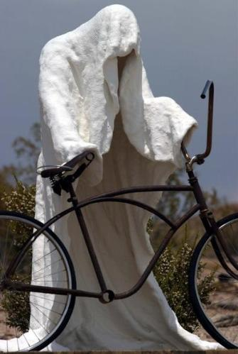1 sada kaporer bhut cycle dhore