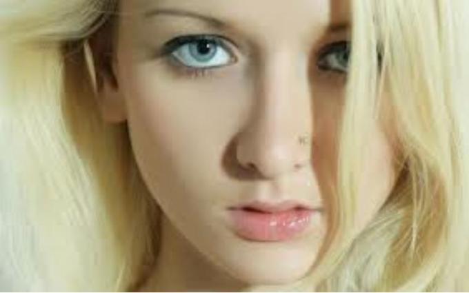10 Beautiful pink lips
