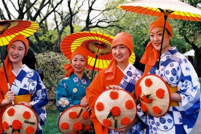 10f Japanese Women