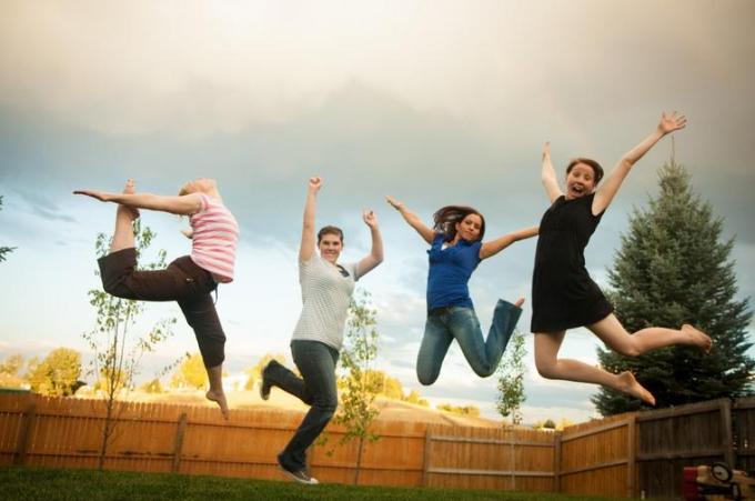 11d Jumping and jumping
