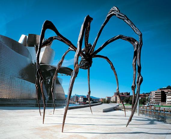 2 Spider er sculpture