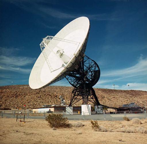 7 Radio Telescope