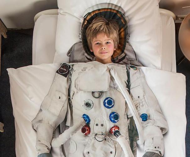 Cloth Astronaught