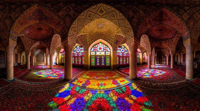 Rainbowed mosque