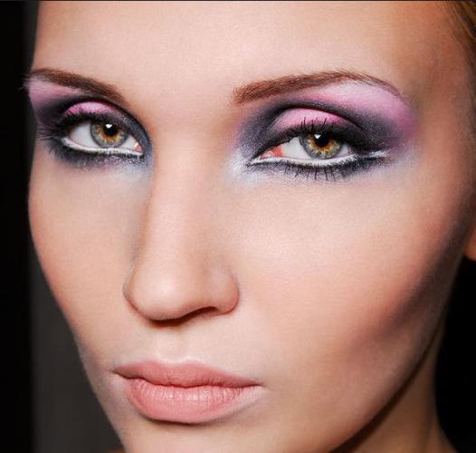 2 Budiha Makeup