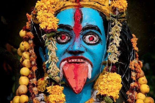 6 Bichchiri Nil Kali face
