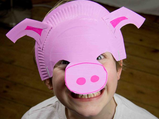 1b Boy with pig mask