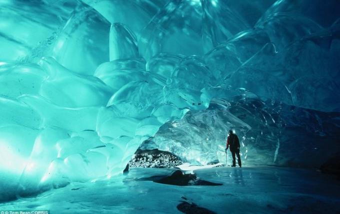 24a Ice cave