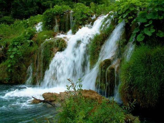 31o Waterfall in Lebanon