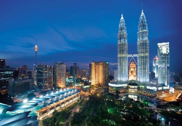31m Malaysia Twin towers